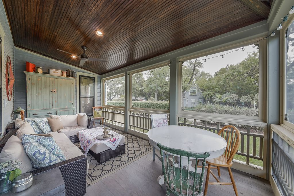 Restored Remodeled Queen Anne Victorian House Screened Porch