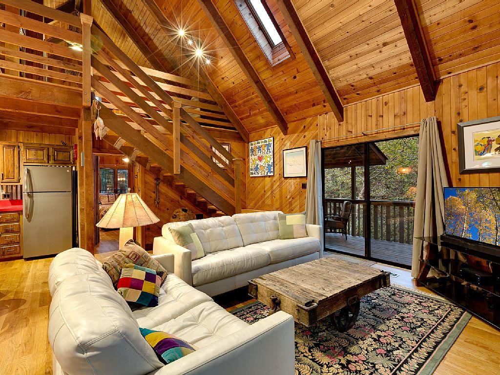 Rustic Cabin Wood Beams Wood Walls Wood Ceilings Loft