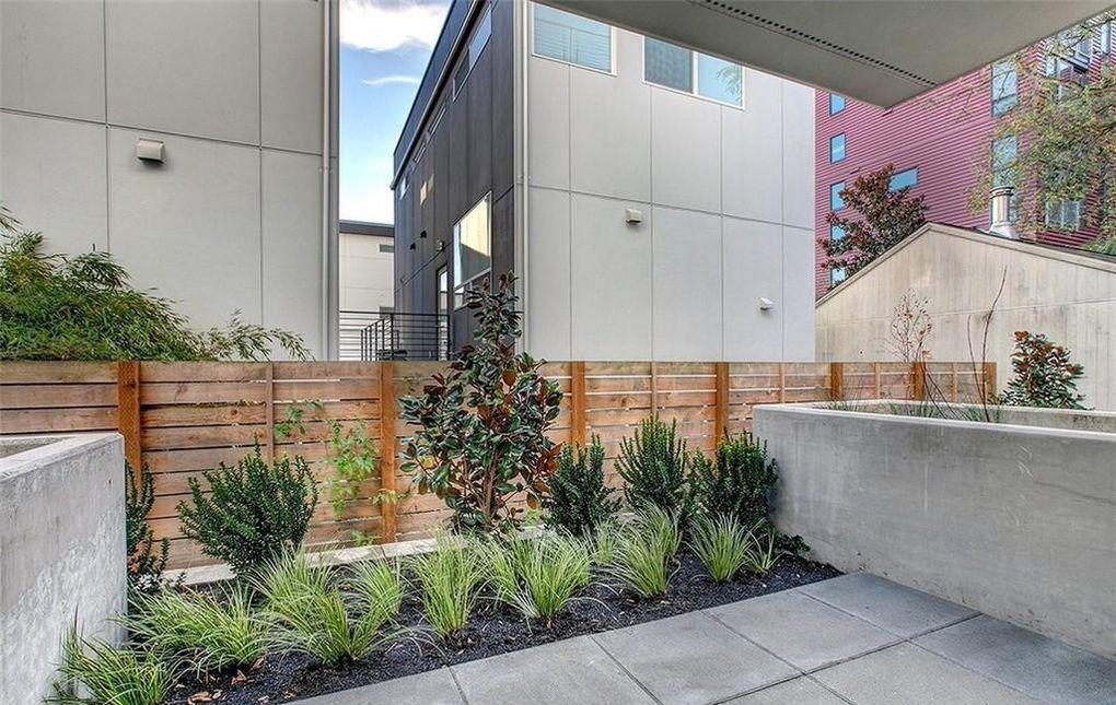 contemporary modern condo outdoor concrete patio