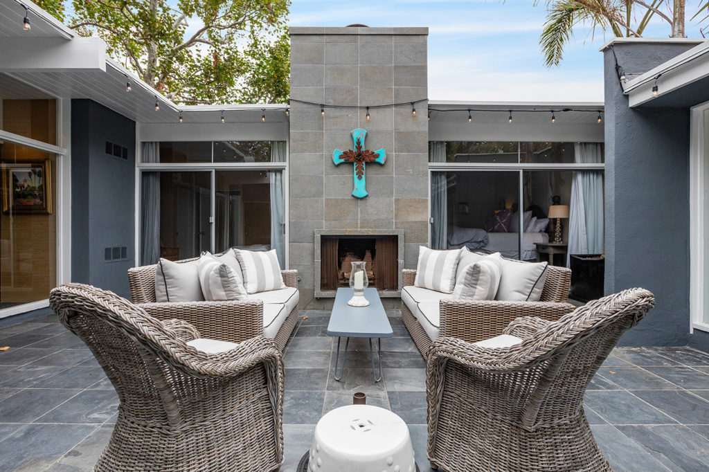 California Contemporary Mid Century Modern Home outside courtyard outdoor fireplace