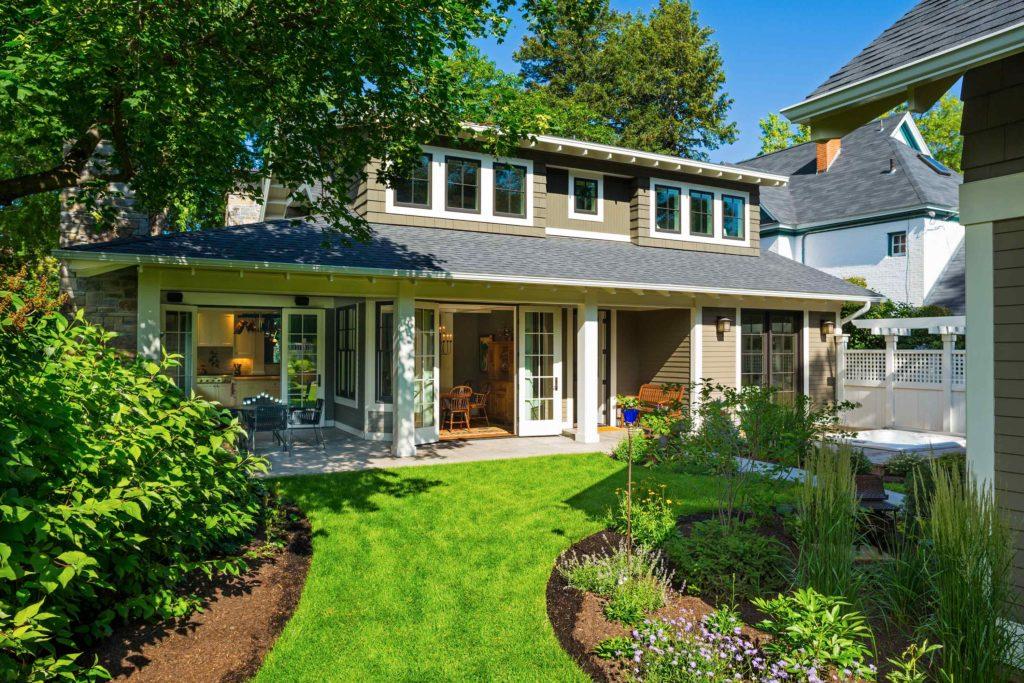 Craftsman Bungalow Cottage back porch