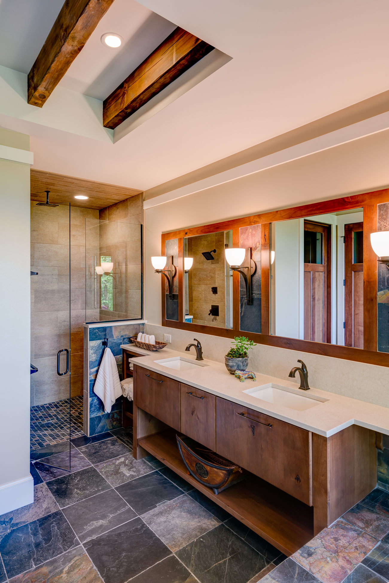 Craftsman Mountain Cabin Cottage master bath exposed beams