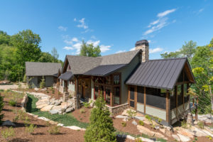 A Blend of Modern and Rustic Design Makes this Craftsman Mountain Cabin a Special Family Home