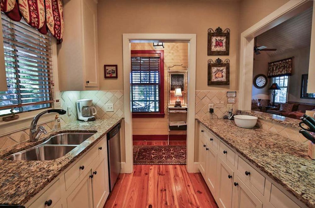 Rustic Carolina Cottage Kitchen