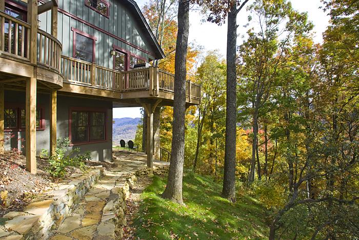 Craftsman Cottage Board and Batten wood deck