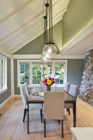Casual Dining Room in an Arts and Crafts Bungalow