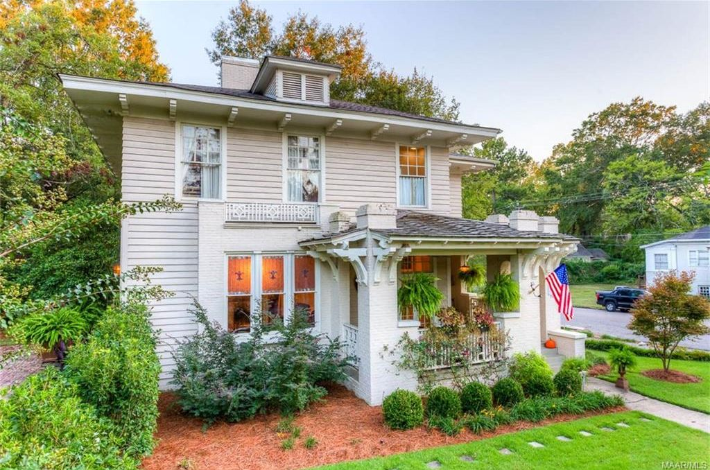 Pretty Colonial Revival Home