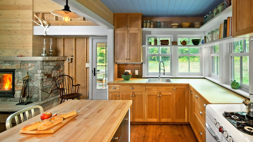 contemporary lake cottage kitchen